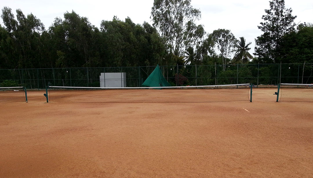 Adhak-Sports-Valley-Clay-Tennis-Court