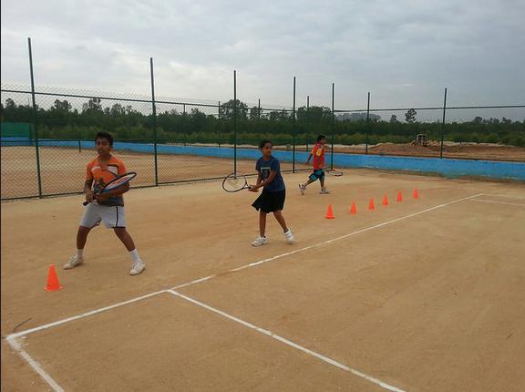 Kids-Undergoing-Coaching