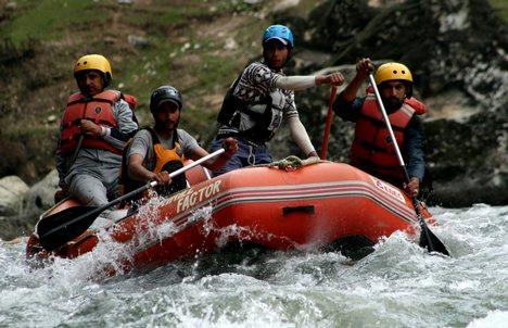 River rafting pahalgam