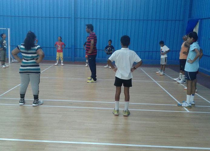 5 sports indoor badminton courts0