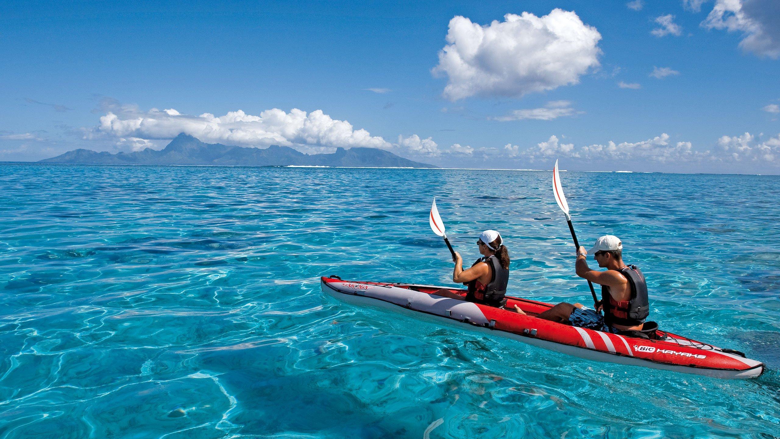 kayaking pairs