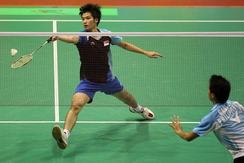Wanna Improve Your Badminton Smash? Try These Tips To Make ... Badminton Players Position