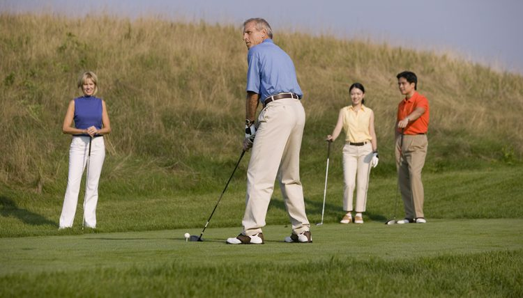 golf burns calories