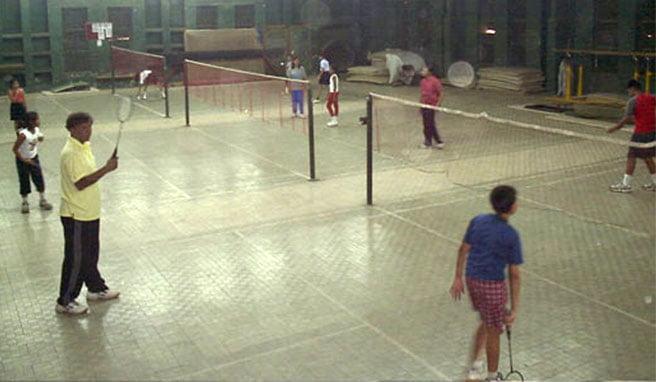 maharashtra mandal badminton court