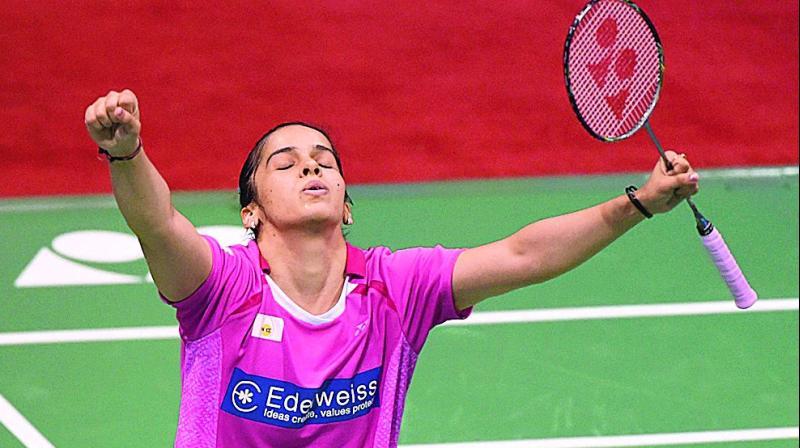 saina nehwal uses yonex badminton racket