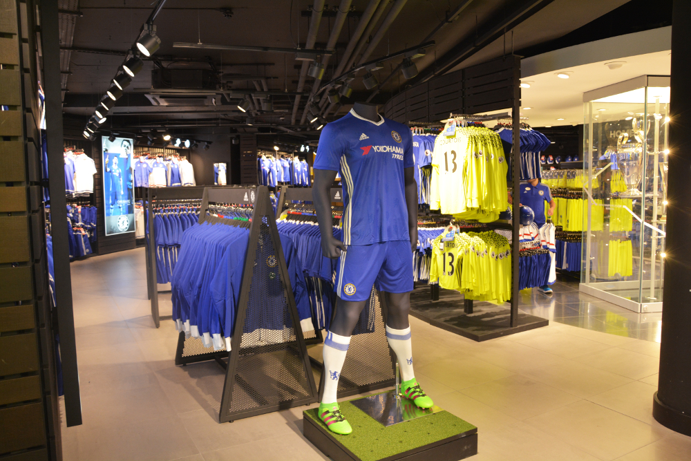 Chelsea Store. As a club that started in the upstairs room of the Rising Sun pub in , Chelsea has blossomed to become one of the most successful teams in English football.