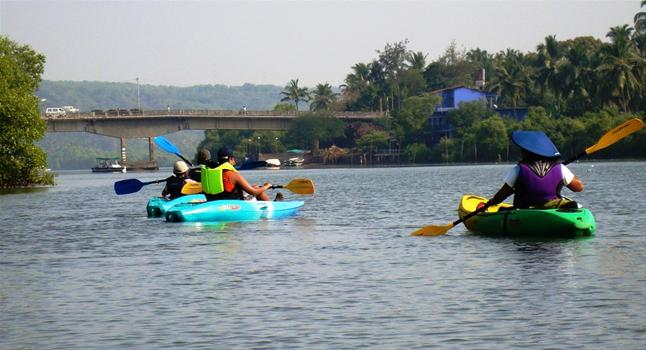 kayaking goa