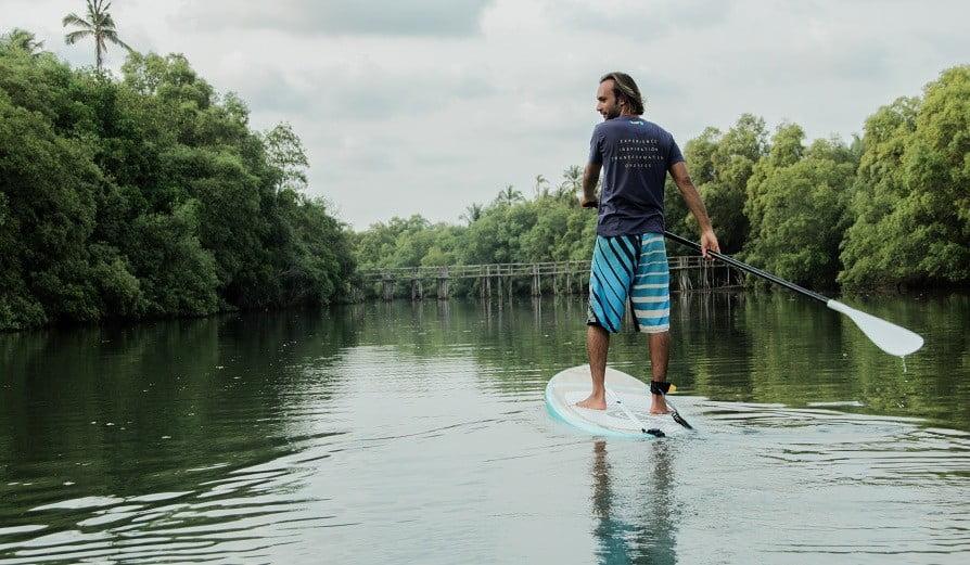 paddle boarding goa