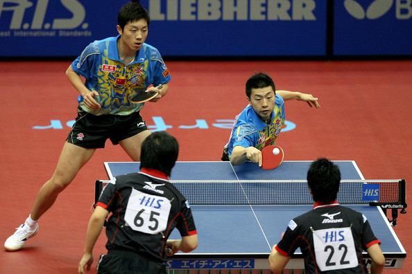 Table tennis doubles play