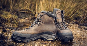 budget trekking shoes