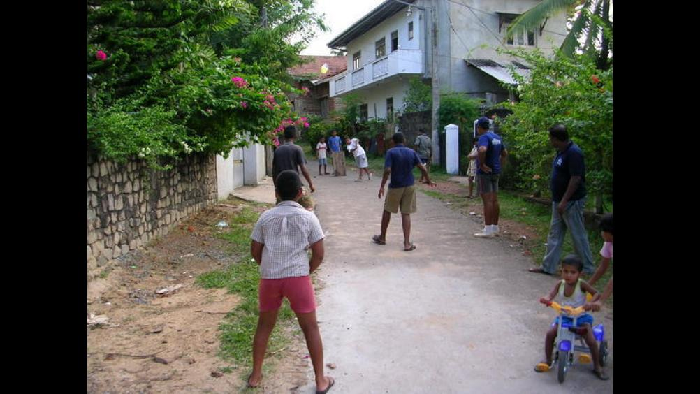 gully cricket in the neighbourhood