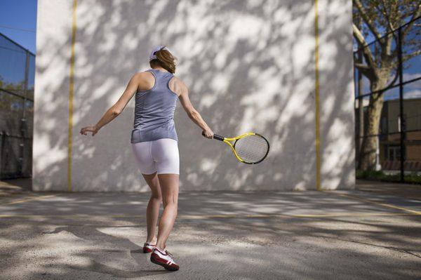 Wall Practice badminton Tips