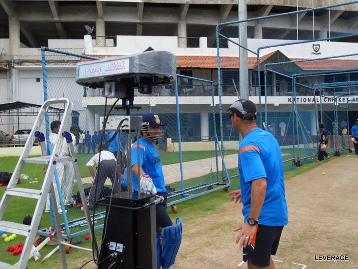 Sachin Tendulkar and Gary Kirsten With a bowling machine