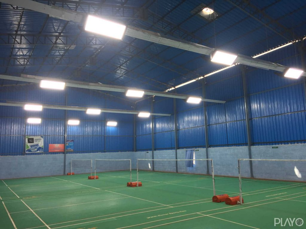 Badminton courts in Takerz Badminton Academy