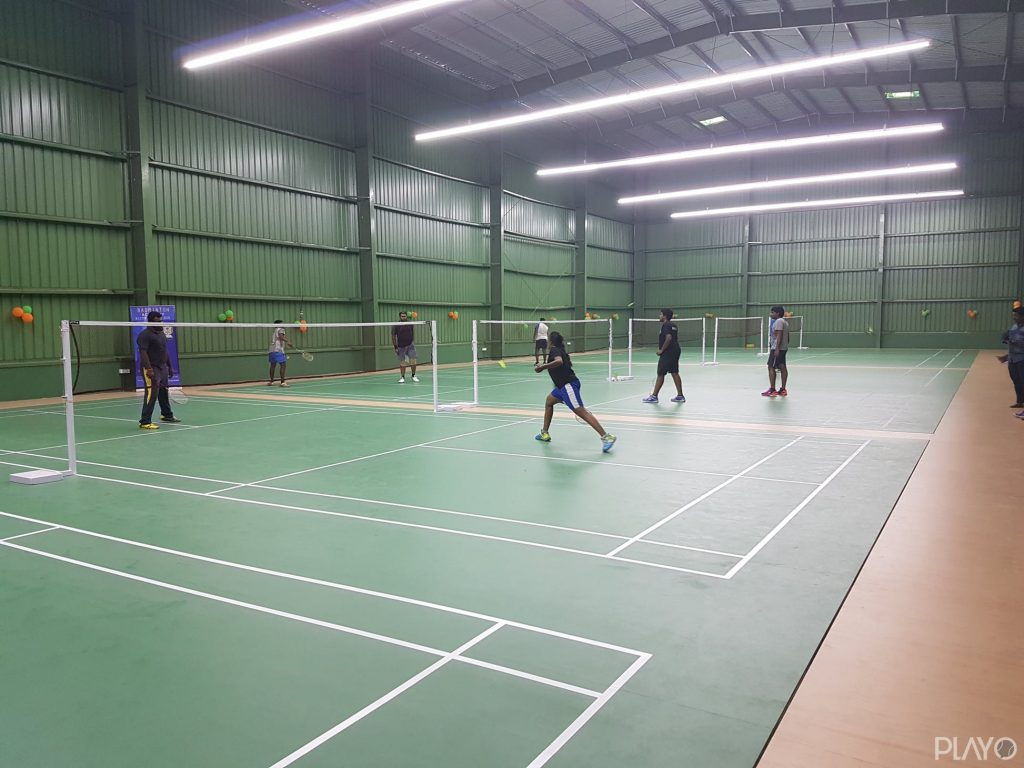 Badminton court in Elite Sports